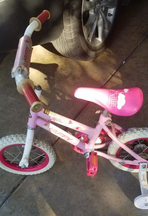 Toddler girl bike for Sale in Modesto, CA