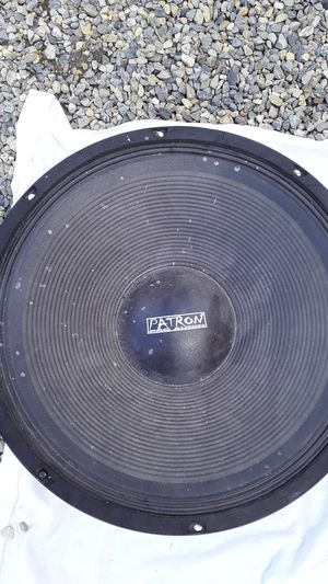 Patron pro audio 15in speaker for Sale in Fresno, CA