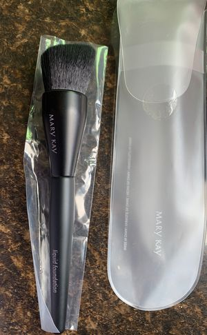 Makeup brush for Sale in Fontana, CA