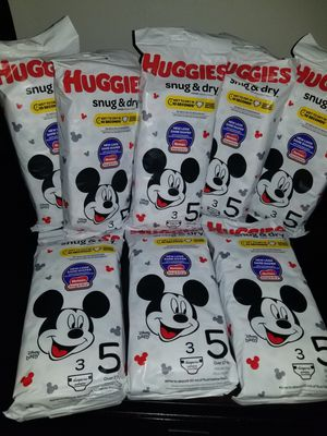 Huggies Pampers Size 5 for Sale in Miramar, FL