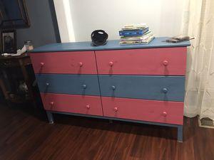 Wood 6 drawer dresser for Sale in Arlington, VA