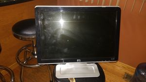 HP W1907 19-inch Computer Widescreen Flat Panel LCD Monitor for Sale in Chicago, IL