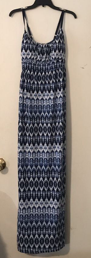 NEW WITHOUT TAG, NEVER BEEN WORN! Women's Clothing, Brand: Allison Brittney Summer Dress, Size: L for Sale in Knightdale, NC