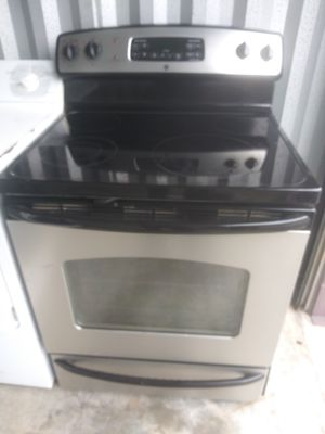 Electric range stove oven stainless for Sale in Norfolk, VA