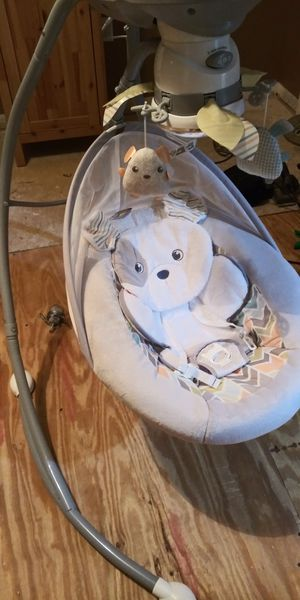 Fisher Price baby swing for Sale in DeLand, FL