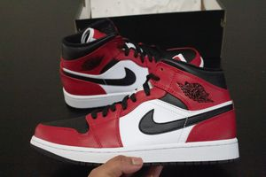 "Jordan 1 Mid ""Chicago Black Toe"" 2020 for Sale in BELLEAIR BLF, FL"