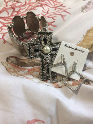 3 piece jewelry set for Sale in Rockville, MD