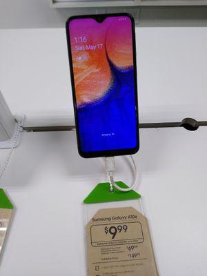 Samsung Galaxy a10e for Sale in Chicago, IL