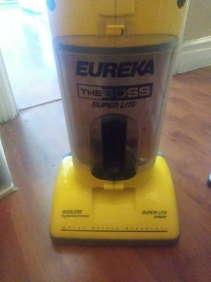 Eureka Floor / Carpet Vacuum. for Sale in Pomona, CA