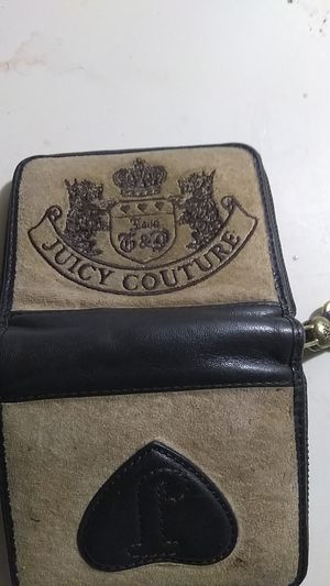 Used juicy couture female wallet for Sale in Seattle, WA