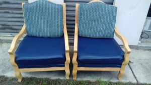 2 chairs for Sale in Fitzgerald, GA