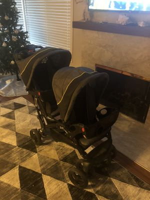 Black double stroller for Sale in Pomona, CA