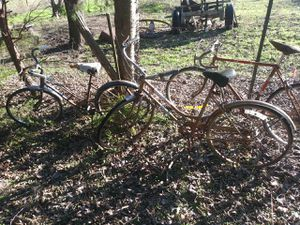 3 Vintage Bicycles for Sale in DeSoto, TX