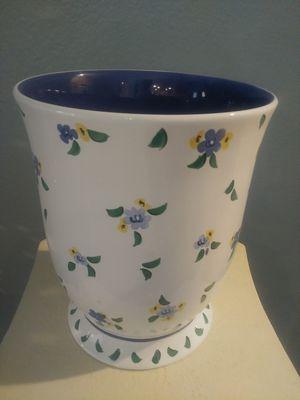 Large LAURA ASHLEY Ceramic Vase Pot for Sale in Apopka, FL
