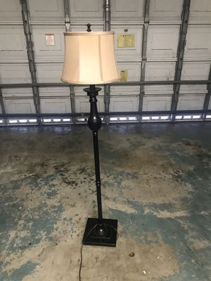 Beautiful Lamp for Sale in FL, US