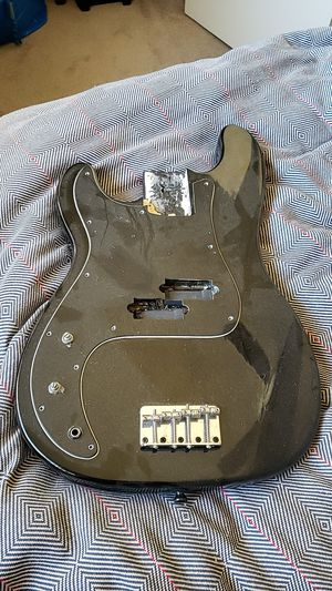Lefty Bass body for Sale in Los Angeles, CA