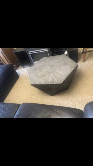 Indoor/ outdoor coffee table for Sale in Florence, KY