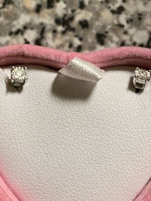 Never used certified diamond earings for Sale in Silver Spring, MD