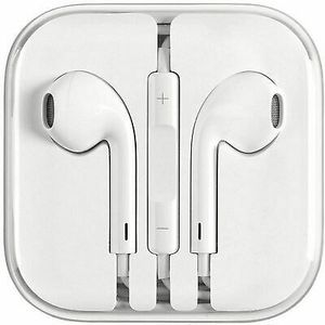 Apple headphones for Sale in Brooklyn, NY