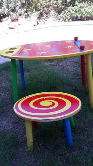 WOODEN KIDS SET TABLE AND CHAIR for Sale in Phoenix, AZ