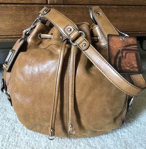 NWT Tignanello Brown Leather/Suede on Sides Drawstring Hobo Bucket Bag for Sale in Powhatan, VA