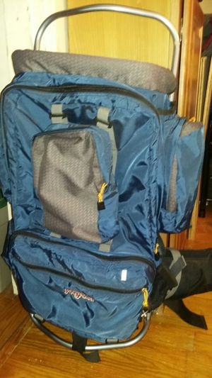 Jansport Hiking Backpack with Water Bottle for Sale in Hampton, VA