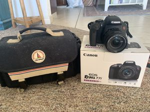 Canon eos rebel t7i with lens and bag for Sale in Seal Beach, CA