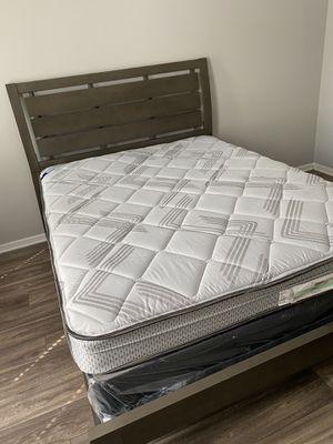 Queen bed for Sale in Marietta, GA