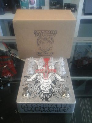 Abominable Electronics Hail Satan deluxe Big Muff pedal for Sale in Charlotte, NC