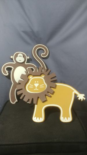 Wood monkey and lion for Sale in Des Moines, WA