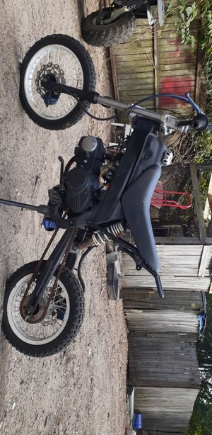 125cc dirt bike for Sale in Winter Haven, FL