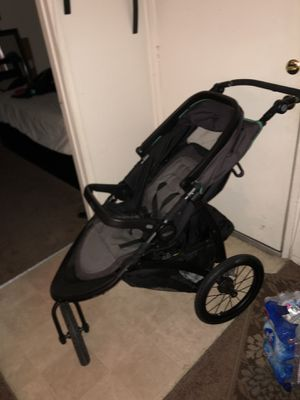 Graco jogger stroller for Sale in San Bernardino, CA