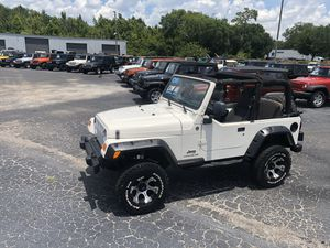 2006 Jeep Wrangler w/ only 74k miles Cold AC No Rust! for Sale in Gibsonton, FL