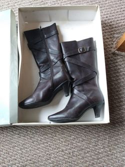 Nuture Boots, Size 6 for Sale in Murfreesboro,  TN