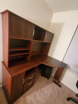 Corner desk for Sale in Manassas,  VA