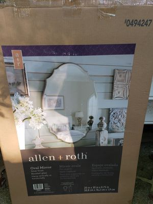 allen roth oval beveled mirror for Sale in Raleigh, NC