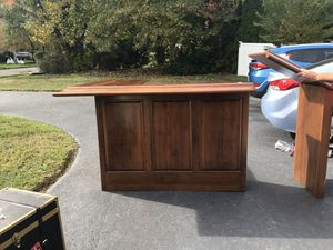 L-Shaped Mahogany Wet Bar for Sale in NJ, US