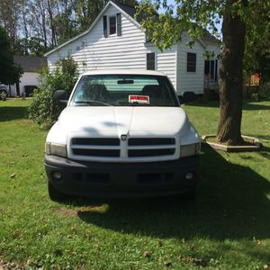 2000 dodge 1500 4X4 for Sale in Ludington, MI