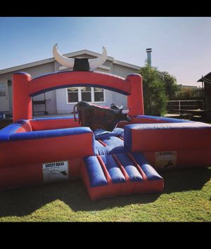 Dual motor mechanical bull with trailer for Sale in Bakersfield, CA