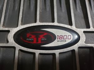 Rockford fosgate 1800watts for Sale in Phoenix, AZ