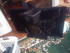 Emerson 50 inch tv for Sale in Cranston, RI