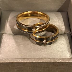 😍💍👰18K Gold plated Matching Ring Set/ Round Diamond /Yellow-Silver Color for Sale in Dallas, TX