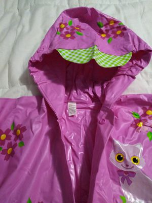 Raincoat water Resistant. For toddler. for Sale in Hialeah, FL