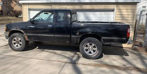 1996 Toyota Tacoma t100 for Sale in Chicago, IL