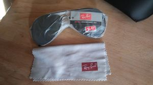 Ray Ban Aviator Sunglasses for Sale in Mount Oliver, PA