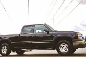 2003 CHEVROLET SILVERADO 1500 LTZ Z71 for Sale in Huber, GA