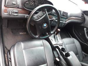 2002 BMW 325i trabajando al cien lo tengo en inglewood..$3000....obo... for Sale in Costa Mesa, CA
