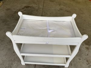 White changing table for Sale in CEDAR E BETHL, MN