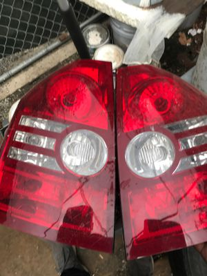 Chrysler 300 tail light for Sale in Perris, CA