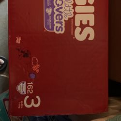 Huggies Little Movers Size 3 #162 Diapers for Sale in Huntington Beach,  CA